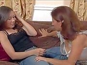 El polluelo en jeans Sinn sabio y Mature Melissa Monet