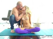 Tiny4k Flexible yoga babe Naomi Woods fucks big dick