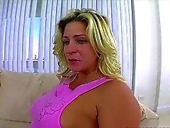 Deixada suja maduras do POV de sexo anal a quente