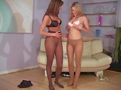 Vídeo Playtime - Carli Banks & Tiffany Brookes