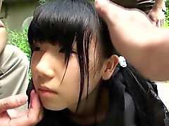 Weird japanese group play with squirting teen