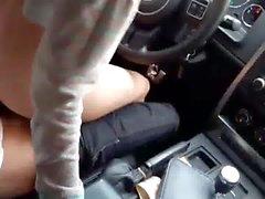 Porra em um carro correndo