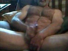 Str8 daddy utilise peu de godemiché pendant un foufe