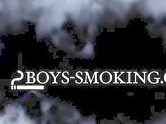 Dillon och Kyros rökgaser i sovrum och suga och knullar barbacka
