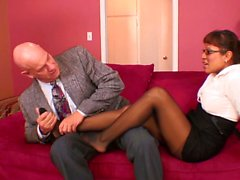 secretary make her boss cum with her feet