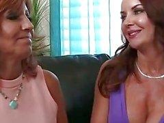Дженет Мейсон и Тары Праздник в секс втроем