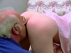 Weinlese jungen Alte Paare