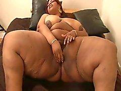 Ebony praller mit den großen Titten