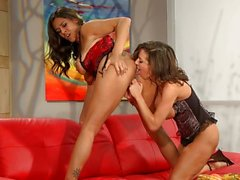 Lesbian Raylene and Veronica Avluv