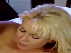 German инокиня Seduce Трахаться по Пристеру в классическом Porn фильме