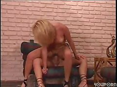 Transe Stuffing A Nasser Pussy Nicely