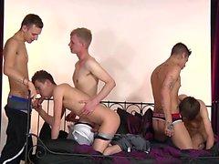 Big dick twinks anal with cumshot