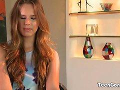 TEENGONZO fina tuttar Jillian Janson fylld med vit kuk