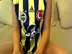 Hot Horny Turkish Azeri Girl Playing With Toy On Web Cam