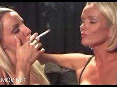 Данни Харвуд рассказывают с Люси Zara для курения