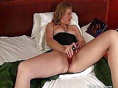 Blond meisje masturberen
