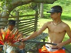 Außen Hahnenkämpfen bei diesen Homosexuell Jungen die Spaß haben möchte