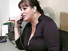 gordinha fode secretária em seu escritório