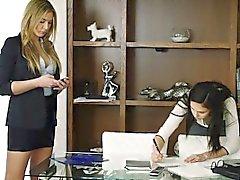Tushy Ariana Marie erstes Analsex