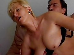 Horny German Amateur Granny Dril...