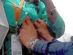 Управление девушка Mansi полов в боссом кабине двадцать шесть