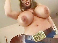 Lisa Lipps - seins cowboy de massifs