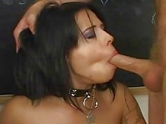 Descarado Chica Gets una sabrosa Mouthful ...
