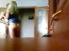 imbrogli la fidanzata scopare nel cam nascosta