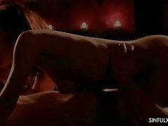Profondo sesso anale grezzo senza preservativo ASS CREAMPIE