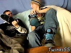 Мужская обтягивающие ног бесплатно гей ног Воспроизвести дрочить мальчиков