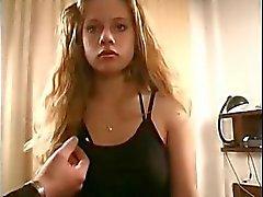 Venäläisen kahdeksantoista Teen Iris perseestä ja imi