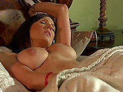 Coarse sex with the smokin' hawt mom Kendra Craving