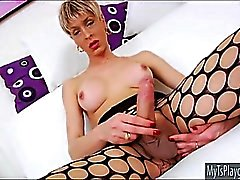 Brazillian TS Anna Hickhiman lekte analen samt onanera