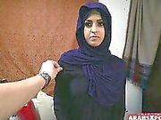 Arabo Refugee donna ottiene le Le S e lo ama
