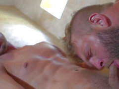 Muscular str8 ramrod pounding gazoo in shower