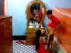 Indiano casal recém-casado em boquete hotel e comer buceta tímido e sexy