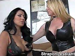 Strapon Lesben anal Strafe 211