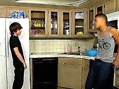 Video giovane ragazzo di Kyler a Moss è maschio fortemente pazzo , e di Robbie Formica