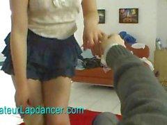 Amateure russische beauty lapdances für die notgeiler Kerl