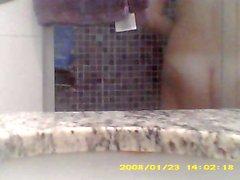 KEINE Schwester meiner Frau in der Dusche