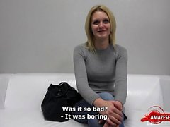 Hot Pornostar Casting und Sperma in den Mund