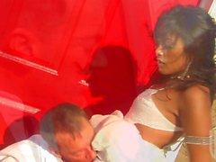 Экзотик Kaylani Лей получает трахнул во время где-то