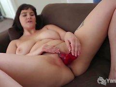 Yanks Brunette Envy's Red Vibe