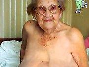 IloveGranny gammalt rynkade grannies med hennes håriga mus