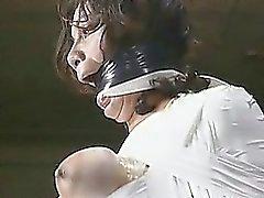 Yaban Sapığın Sinema Dinç BDSM Gönderimi