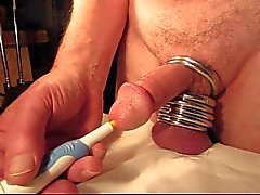 Do orgasmo Close-up a uretra vibrator