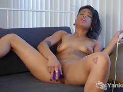 Yanks Cutie Jessica Creepshow Toys Her Pussy