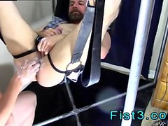 Молодая тощая Twink гей фистинг видео- Неповторимая Fisting Bo