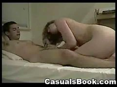 Amateure Young Couple Sex auf Bett