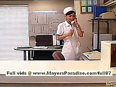 Рио Горячие азиатские медсестры получит голая и играя